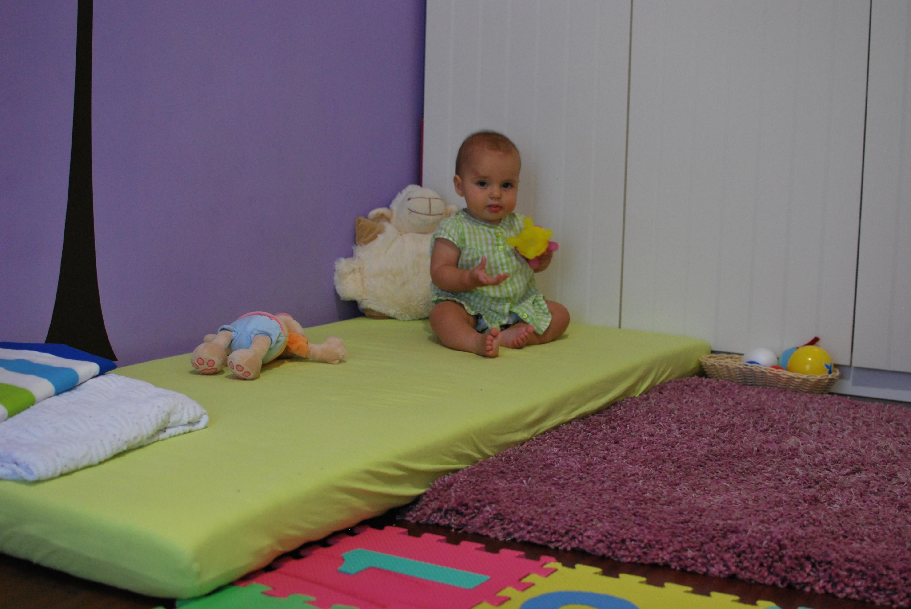 Amenajare Camera Montessori : Camera vandei mici la 7 luni
