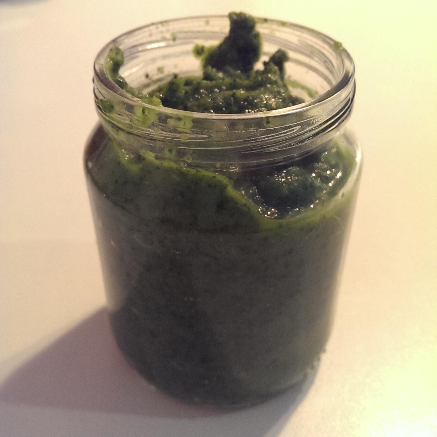 Paste cu sos de kale