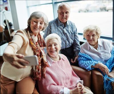 Telefoane inteligente pentru bunici