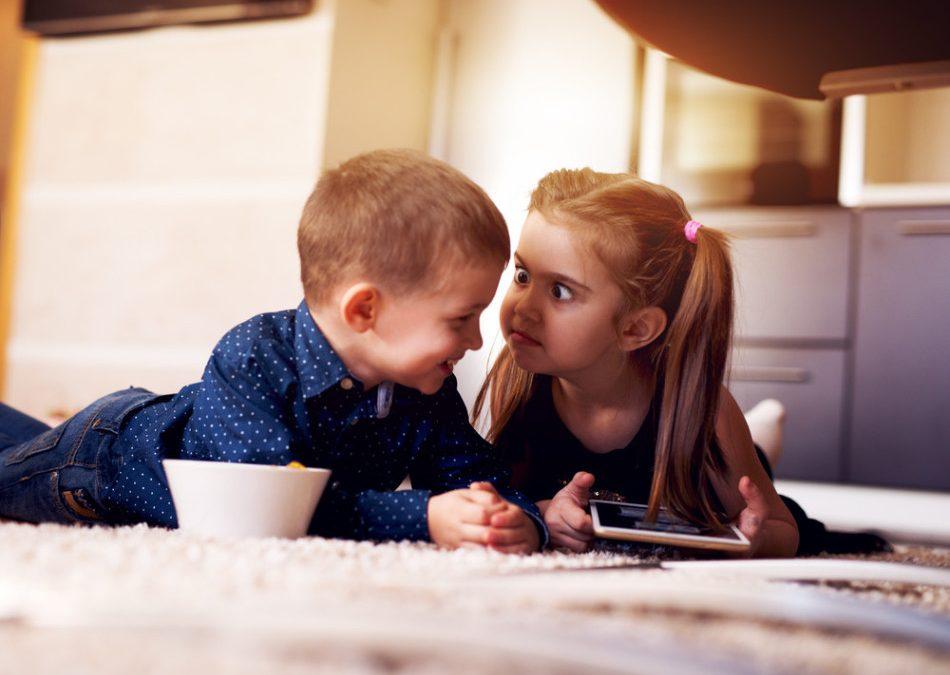 Când un copil e bolnav, trebuie să ai grijă de amândoi