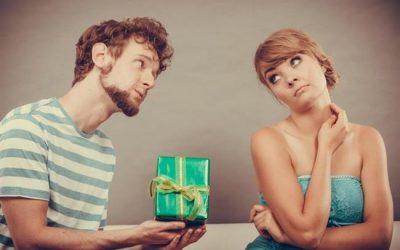 Top 5 cadouri pe care să NU le iei niciodată unei mame