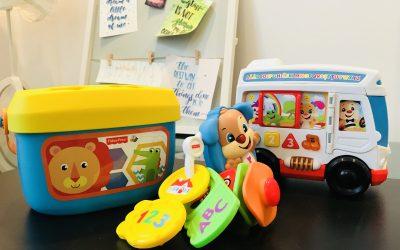 Jucăriile în dezvoltarea copiilor (și un concurs drăguț)