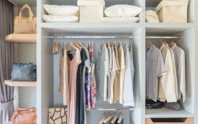 Organizarea dulapului și dezvoltare personală – De-clutter